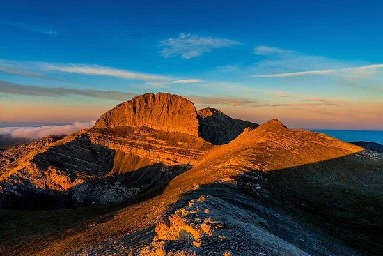 mount olympus and Meteora walking holiday